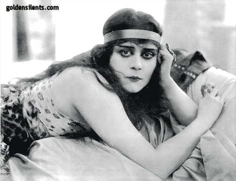 Theda Bara, The First Vamp
